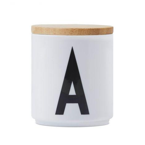 Kaas Design Letters portselanist tassile