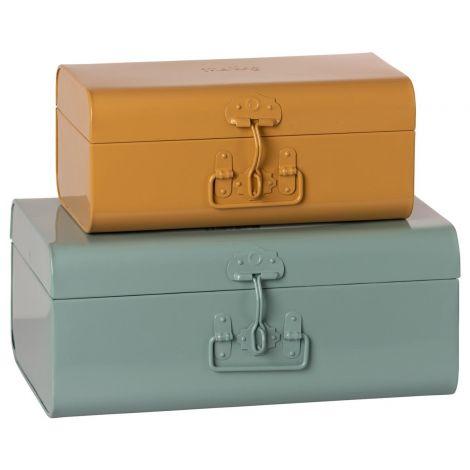 Metallist kohvrite komplekt